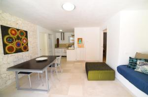 Trulli Alleria, Holiday homes  Ostuni - big - 11
