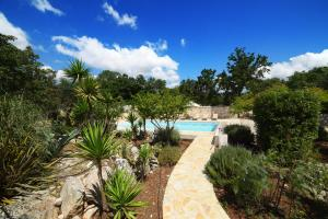 Trulli Alleria, Holiday homes  Ostuni - big - 25
