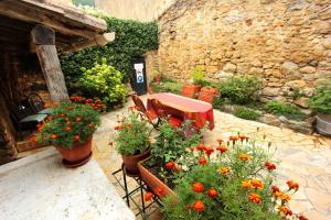 Le Jardin de la Sals (Ecluse au Soleil), Bed & Breakfasts  Sougraigne - big - 47