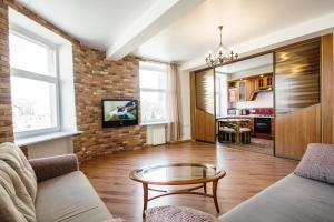 Aparton Expensive Level Apartments, Apartmanok  Minszk - big - 54