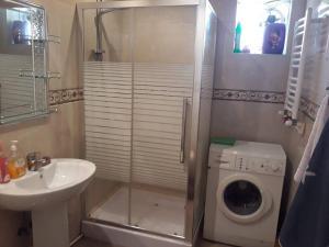 rent, Apartmány  Batumi - big - 13