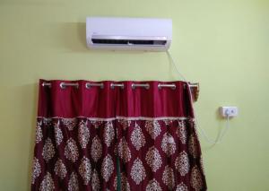 Shree Hari Guest House, Affittacamere  Guptipara - big - 14