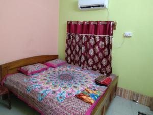 Shree Hari Guest House, Affittacamere  Guptipara - big - 17