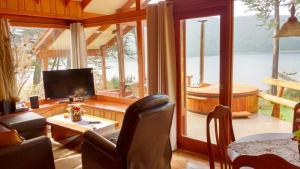 Lodge Y Cabañas Los Cisnes, Lodges  Valdivia - big - 45