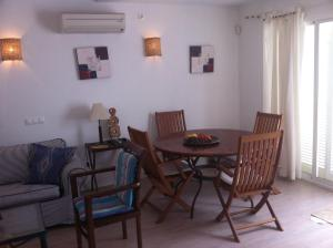 Confortable Apartment In Playa De Muro, Дома для отпуска  Плайя-де-Муро - big - 10