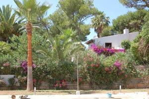 Confortable Apartment In Playa De Muro, Дома для отпуска  Плайя-де-Муро - big - 13
