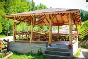 Cabana Non Nobis, Nyaralók  Dîmbovicioara - big - 62