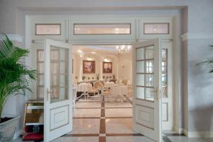 Hotel Villa le Premier, Hotels  Odessa - big - 83