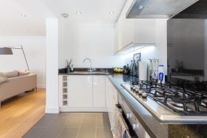 Luxury 2 BR in Knightsbridge by The Residences Group, Apartmanok  London - big - 9