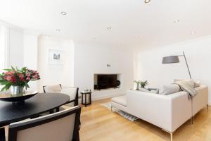 Luxury 2 BR in Knightsbridge by The Residences Group, Apartmanok  London - big - 10