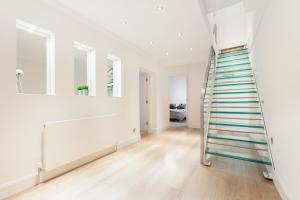 Luxury 2 BR in Knightsbridge by The Residences Group, Apartmanok  London - big - 12