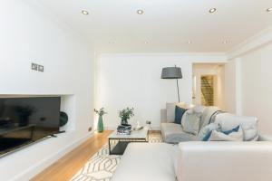 Luxury 2 BR in Knightsbridge by The Residences Group, Apartmanok  London - big - 16
