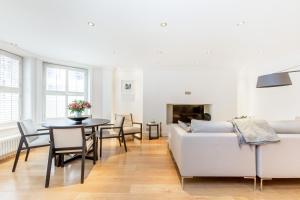 Luxury 2 BR in Knightsbridge by The Residences Group, Apartmanok  London - big - 17