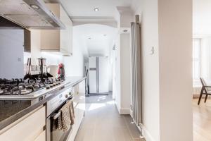 Luxury 2 BR in Knightsbridge by The Residences Group, Apartmanok  London - big - 19