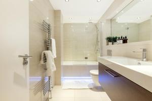 Luxury 2 BR in Knightsbridge by The Residences Group, Apartmanok  London - big - 25