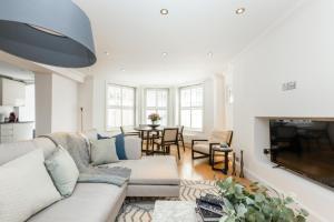 Luxury 2 BR in Knightsbridge by The Residences Group, Apartmanok  London - big - 26