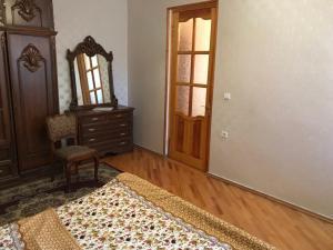 Guest House Nika, Penzióny  Gori - big - 19