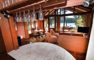 Lodge Y Cabañas Los Cisnes, Lodges  Valdivia - big - 17