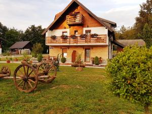 Guesthouse Green Valley, Guest houses  Jezerce - big - 78