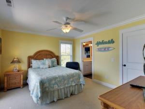 Ruffin-It, Holiday homes  Holden Beach - big - 33