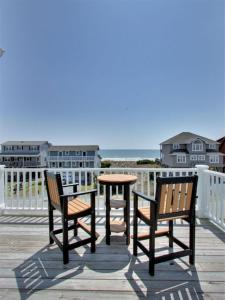 Ruffin-It, Holiday homes  Holden Beach - big - 34