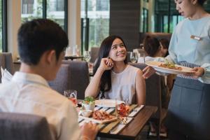 Green Ville Laguna Hotel, Hotely  Sung Noen - big - 28