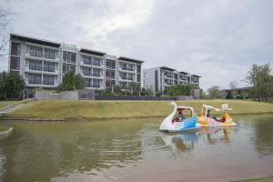 Green Ville Laguna Hotel, Hotely  Sung Noen - big - 60