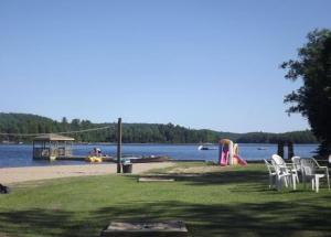 Cloverleaf Cottages, Case vacanze  Oxtongue Lake - big - 57