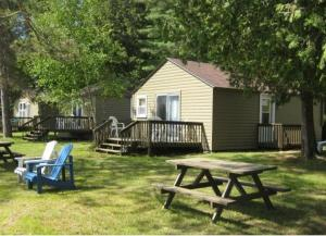 Cloverleaf Cottages, Case vacanze  Oxtongue Lake - big - 15