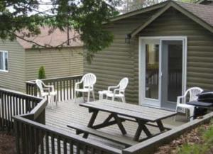 Cloverleaf Cottages, Case vacanze  Oxtongue Lake - big - 19