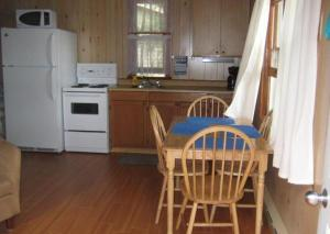 Cloverleaf Cottages, Case vacanze  Oxtongue Lake - big - 20
