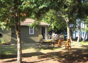 Cloverleaf Cottages, Case vacanze  Oxtongue Lake - big - 21