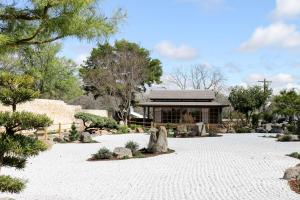 Blacksmith Quarters on Barons Creek, Apartmanok  Fredericksburg - big - 216