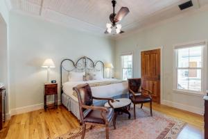 Blacksmith Quarters on Barons Creek, Apartmanok  Fredericksburg - big - 230