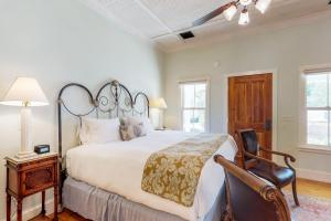 Blacksmith Quarters on Barons Creek, Apartmanok  Fredericksburg - big - 238