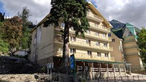 Гостиничный комплекс Sky Hotel, Домбай