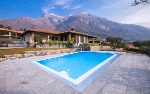 Big House 5 Bedrooms Pool - AbcAlberghi.com