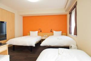 Standard Twin Room with Sofa bed (3 adult)- Non-Smoking