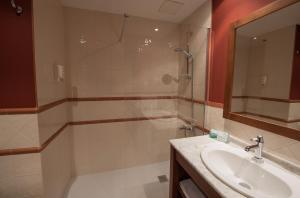 Hotel Oriente, Отели  Сарагоса - big - 16