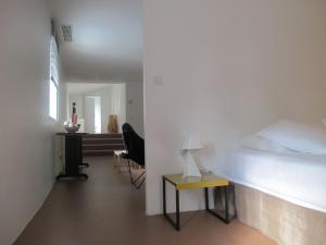B&B Bloc G, Bed and Breakfasts  Carcassonne - big - 21
