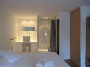 B&B Bloc G, Bed and Breakfasts  Carcassonne - big - 31