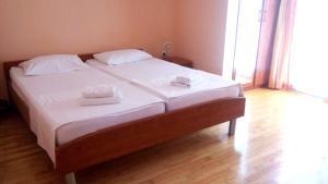 Villa Marjela, Отели типа «постель и завтрак»  Сплит - big - 16