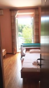 Villa Marjela, Отели типа «постель и завтрак»  Сплит - big - 15