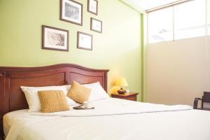 Feung Nakorn Balcony Rooms and Cafe, Hotely  Bangkok - big - 3