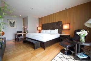 Maduzi Deluxe Double Room