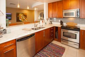 A415 Fair Dinkum Condo, Apartments  Virginia Beach - big - 15
