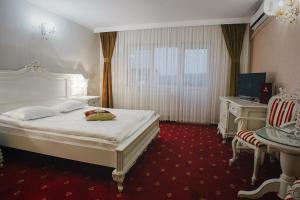Hotel Capitol, Отели  Яссы - big - 14