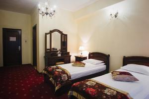 Hotel Capitol, Отели  Яссы - big - 9