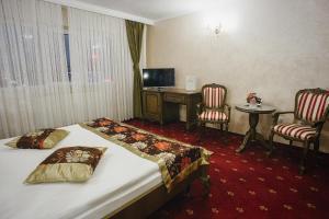 Hotel Capitol, Отели  Яссы - big - 8