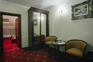 Hotel Capitol, Отели  Яссы - big - 16